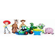 Игрушки из мультфильмов - как порадовать и помочь развиваться ребенку?