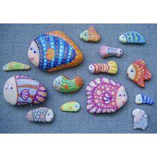 Раскрашиваем морские камушки вместе с ребенком — рукоделие для детей