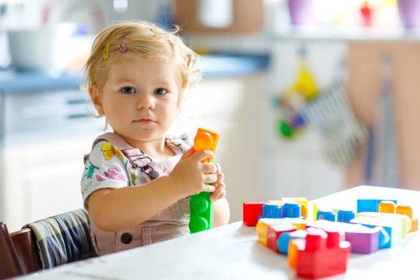 Развитие ребенка по методике Марии Монтессори